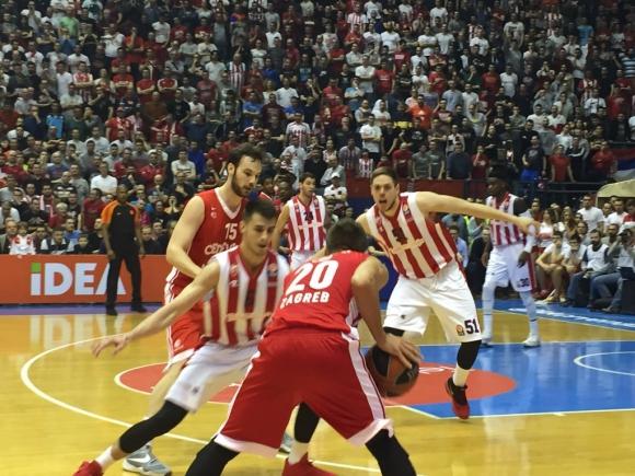 Цървена звезда с убедителен успех в Евролигата под погледа на Новак Джокович (видео)