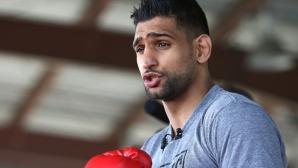 Амир Хан убеден в успеха над Алварес