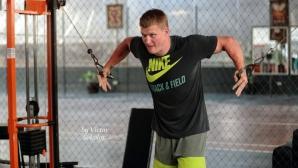 Поветкин помпа мускули за мача с Уайлдър