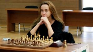 Антоанета Стефанова завърши реми срещу Наталия Жукова