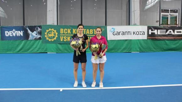 Зиновия Ванева е държавна шампионка в зала