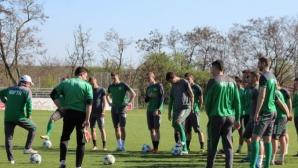Осем основни играчи на Нефтохимик аут за мача с Лудогорец