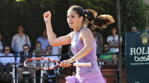 Шиникова достигна полуфиналите в Швейцария