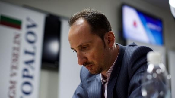 Топалов завърши реми с Крамник в последния кръг на супертурнира в Ставангер
