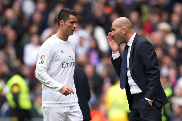 Кристиано: Преди се възхищавах на футболиста Зидан, а сега на треньора