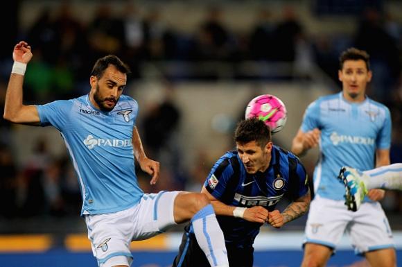 Лацио зарадва Рома с бой над Интер