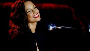 Алиша Кийс ще пее на финала на Шампионската лига