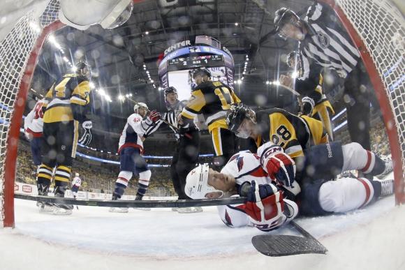 Питсбърг с трета победа срещу Вашингтон в плейофите на НХЛ