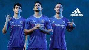 Челси представи новите си екипи (видео)