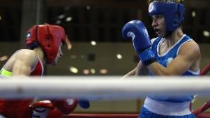Стойка Петрова се класира за четвъртфиналите на световното по бокс