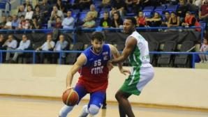 Калоян Иванов със 17 точки при победа на Тофаш