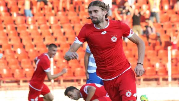 Още един футболист се сбогува с ЦСКА