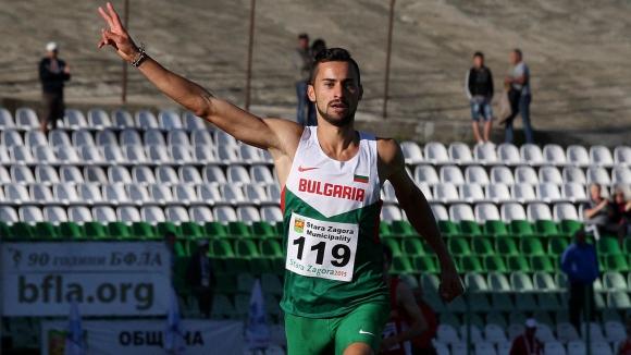 Ценов прегази конкуренцията на 5000 м за четвъртата си балканска титла
