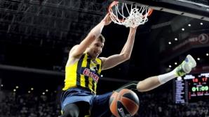 Три отбора от НБА са по петите на Весели
