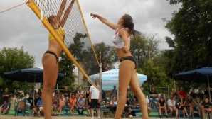 Божур волей и Марица (Пловдив) завършиха наравно в лигата по плажен волейбол