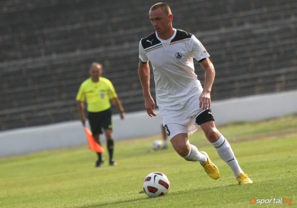 Банско взе бивш играч на ЦСКА и Славия