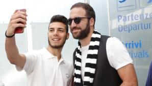 Игуаин кацна в Торино и обяви: Идвам да спечеля ШЛ с Юве