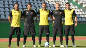 Ботев (Пловдив) замина за Бургас с група от 20 футболисти