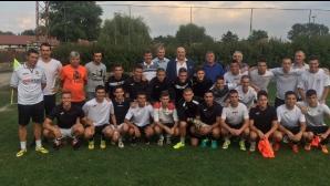 Кралев посети първия лагер по Програмата за развитие на детско-юношеския футбол