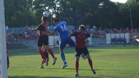 Черноморец (Бургас) се наложи с 4:1 над аматьорския...