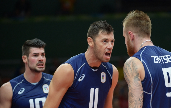 Италия е на полуфинал, след бърз мач срещу Иран