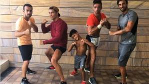 Кристиано тренира с момчетата си