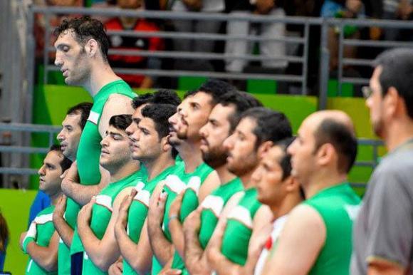 Това е най-високият волейболист в света