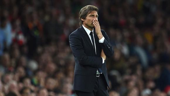 Конте: В момента Челси е силен отбор само на книга