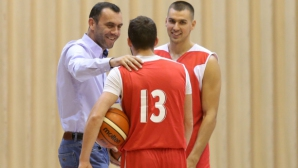 Тодор Стойков: Има черно тото в баскетбола, скоро някой ще изгърми