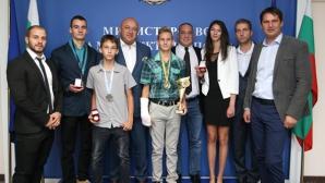 Държавата дава почетни медали на призьорите от европейското по таекуондо до 21 г. и за кадети