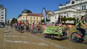 Карнавално велошествие оцвети столицата и се сля с Extreme Fest на София2018
