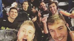 Чернокожев не игра, но е на първа линия на победното селфи на Перуджа
