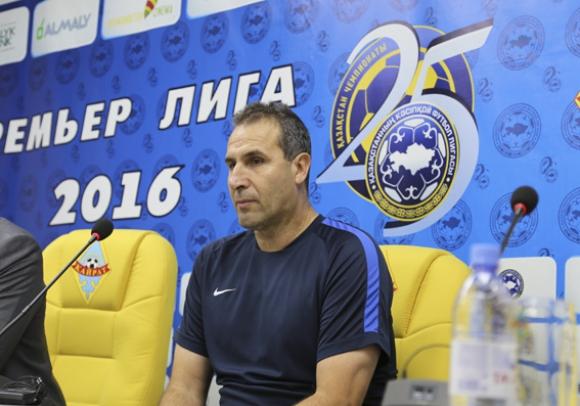 Отборът на Херо громи с 5:1, тимът на Стойчо Младенов допусна обрат от 3:1