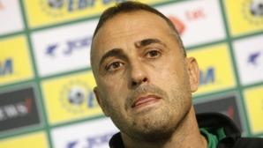 Официално: Петев вече не е селекционер на България - БФС изкара пари от напускането му