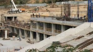 Строителството на новия стадион във Варна продължава (снимки)