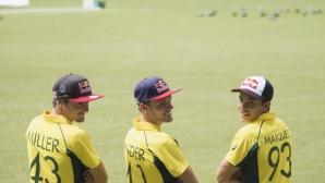 Маркес, Милър и Байндър смениха моторите с крикет (Видео)
