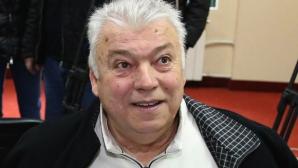 Гневът на феновете на Локо (Пд) предизвикан от легендата Бонев - псува ги публично (видео)