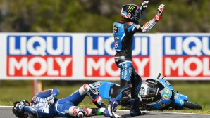 """Сериозни инциденти съпътстваха Moto3 на """"Филип Айлънд"""" (Видео)"""