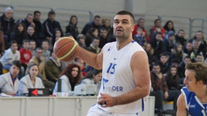 Васко Евтимов се оттегли от баскетбола