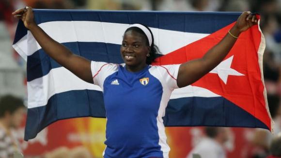Проблем! Кубинска атлетка трябва да върне медал, който вече е продаден