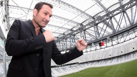 Управителят на UFC за Бразилия напуска заради некоректно отношение на компанията