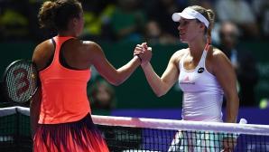 Кербер прати Цибулкова на 1/2-финалите на Шампионата на WТА