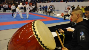 100 каба гайди идват за втория ден от СП по карате киокушин