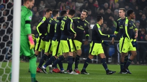 Арсенал първи в групата след български подарък (видео)