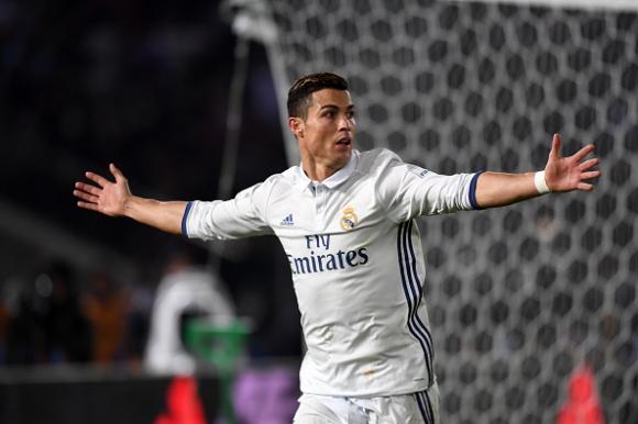 Кристиано Роналдо ще получи и наградата за футболист на ФИФА
