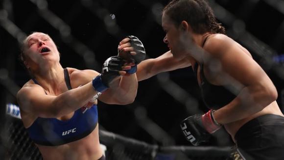 Резултати от UFC 207 (ВИДЕО)