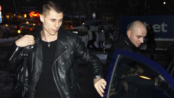 """Сагата продължава: Огнянов все още не е играч """"сините"""" - Левски обясни защо (видео)"""