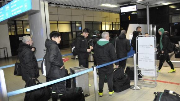 Берое пристигна в Кипър, чакат Карачанаков утре