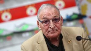 Димитър Пенев не смята емблемата на ЦСКА за важна