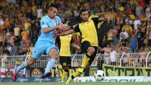 Куриозно: Ботев и Локомотив тренираха на съседни терени в Турция